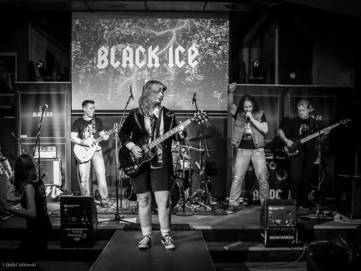 Black Ice Berlin live5